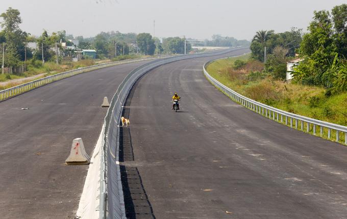 Tuyến cao tốc lớn nhất phía Nam như thế nào sau 4 năm xây dựng