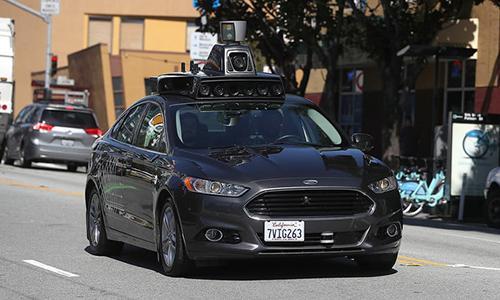 Uber thử nghiệm xe tự lái trên đường phố Pittsburgh. Ảnh: Verge.