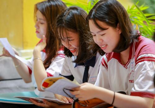 Thí sinh tham dự kỳ thi THPT quốc gia 2017. Ảnh: Thành Nguyễn.
