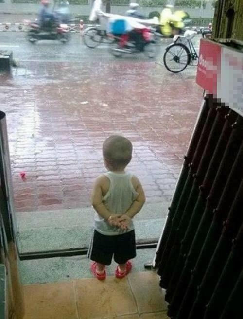 Cuối năm rồi mưa gió làm chi.