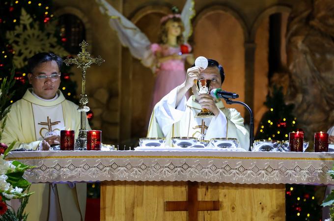 Hàng nghìn giáo dân Sài Gòn mừng Chúa Giáng sinh ở nhà thờ 150 tuổi