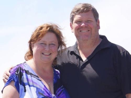 Lộ tẩy nói xấu sếp với vợ, công chức tại Mỹ bị ép nghỉ việc