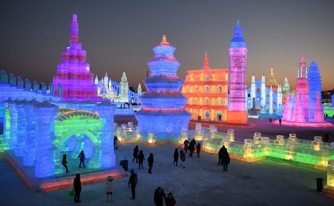 Người dân thế giới chuẩn bị chào đón năm mới