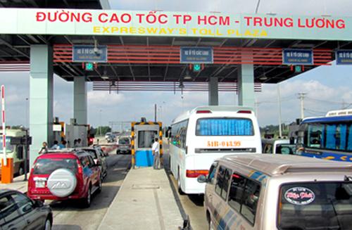 Công ty cổ phần Tập đoàn Yên Khánh, đơn vị thu phí trên cao tốc TP HCM - Trung Lương sẽ dừng thu phí từ ngày 1/1. Ảnh: Hữu Công