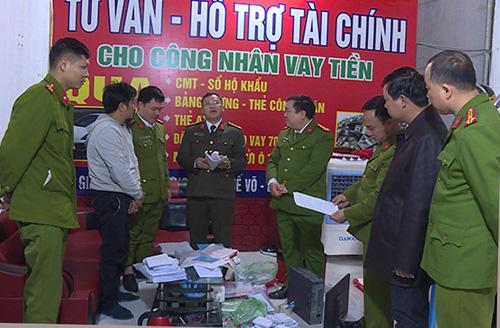 100 cảnh sát đột kích 15 điểm cho vay nặng lãi tại Bắc Ninh