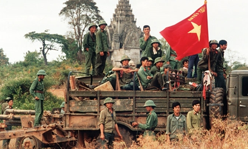 Quân Việt Nam tạiKampong Cham trước khi rút về năm 1989. Ảnh: Southeast Asia Globe.