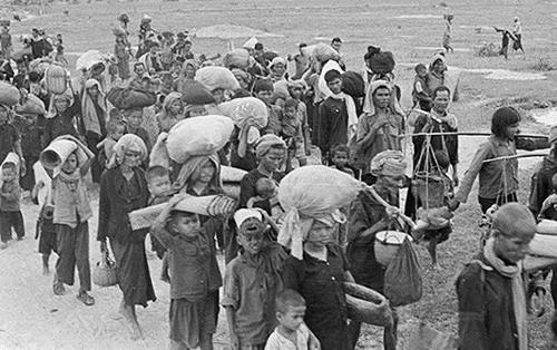 Người dân Campuchia chạy lánh nạn qua Việt Nam trong chiến tranh biên giới Tây Nam