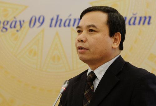 Cục trưởng Nhà giáo và Cán bộ quản lý giáo dục Hoàng Đức Minh chia sẻ vấn đề chuẩn bị đội ngũ giáo viên cho chương trình mới tại hội thảo ngày 9/1. Ảnh: Quỳnh Trang.