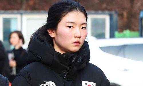 Nữ vận động viên trượt băng tốc độ Hàn Quốc hai lần vô địch Olympic Shim Suk-hee. Ảnh: AFP.