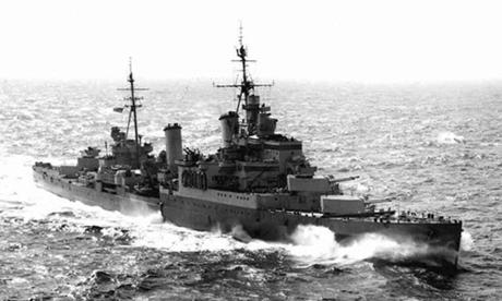 Tuần dương hạm hạng nhẹ HMS Sheffield. Ảnh: IWM.