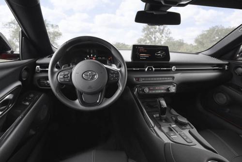 Khoang nội thất Supramang hơi hướng xe BMW. Ảnh: Toyota.