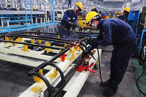 Một doanh nghiệp cơ khí ở Quảng Nam. Ảnh: Đắc Thành