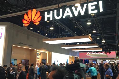 Gian hàng của Huawei tạitriển lãm điện tử tiêu dùng CES 2019 ởLas Vegas hôm 10/1. Ảnh: AFP.