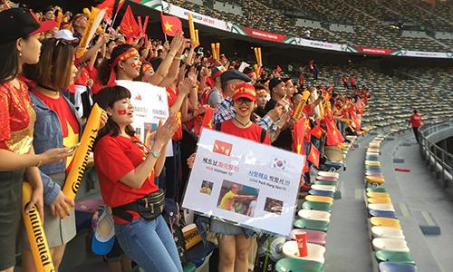 Việt Nam vào vòng 1/8: người Việt ở UAE