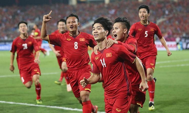 ''Việt Nam sẽ vào bán kết, giành một triệu USD tiền thưởng'' -