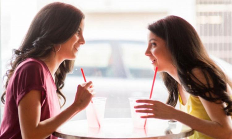 ''Chia tay vì bạn trai không chịu sàm sỡ'' hot trong tuần -