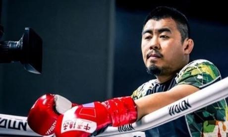 tu-hieu-dong-thach-dau-nha-vo-dich-kickboxing