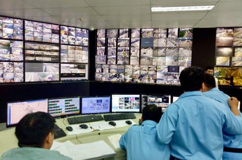 Trung tâm điều khiển giao thông đặt tại trụ sở quản lý đường hầm sông Sài Gòn (quận 2). Ảnh: Hữu Nguyên.