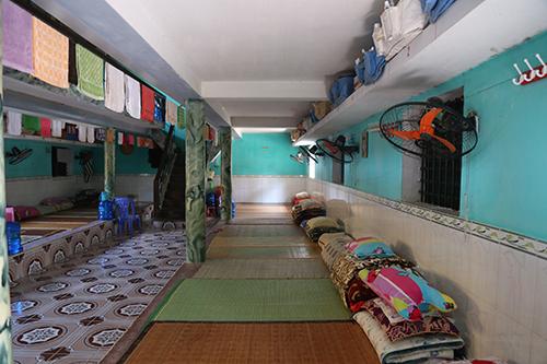 Ở trại giam Ngọc Lý, Nguyễn Văn Tuấn được sinh hoạt trong buồng giam có nhiều người. Ảnh: Phạm Dự