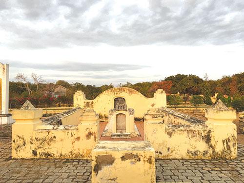 Khu mộ Nguyễn Thông hiện ở TP Phan Thiết, Bình Thuận. Ảnh: Báo Bình Thuận.