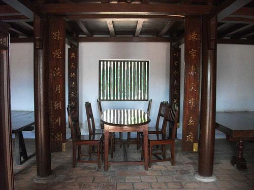Ngọa Du Sào trong khuôn viên trường Dục Thanh ở Phan Thiết, doNguyễn Thông xây dựng để có nơi làm thơ, đọc sách. Ảnh: Wikipedia.