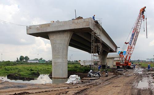 Nút giao thông Thân Cửu Nghĩa ở tỉnh Tiền Giang- điểm đầu cao tốc Trung Lương - Mỹ Thuận vào cuối năm 2018. Ảnh:Cửu Long.