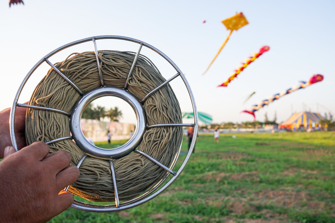 Những cánh diều hàng chục triệu đồng tung bay ở Long An