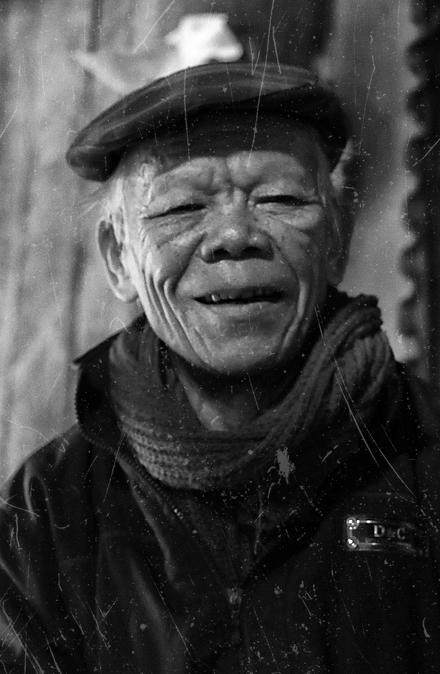 Cựu trinh s át Nhan Văn Dĩnh.