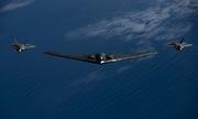 Màn phối hợp tác chiến của bộ ba máy bay tàng hình Mỹ ở Thái Bình Dương