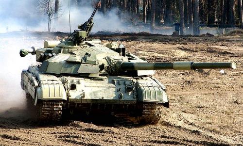 Xe tăng chủ lực Nga bị chê kém hơn cả ''tăng nhà nghèo'' T-64 Ukraine -