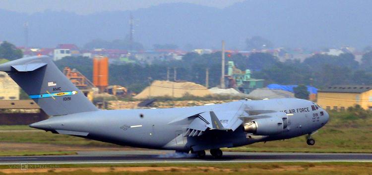 C-17 Globemaster III trên đường băng. Ảnh: Bá Đô