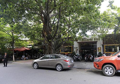 Nhà đất tại 39 đường Pasteur nằm ở trung tâm Đà Nẵng hiện là quán bida và cà phê. Ảnh: Nguyễn Đông.