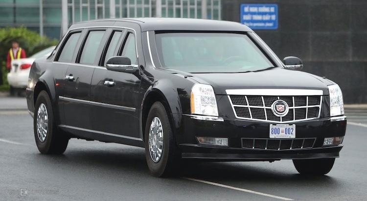 Cadillac One vào khách sạn Marriott. Ảnh: Giang Huy