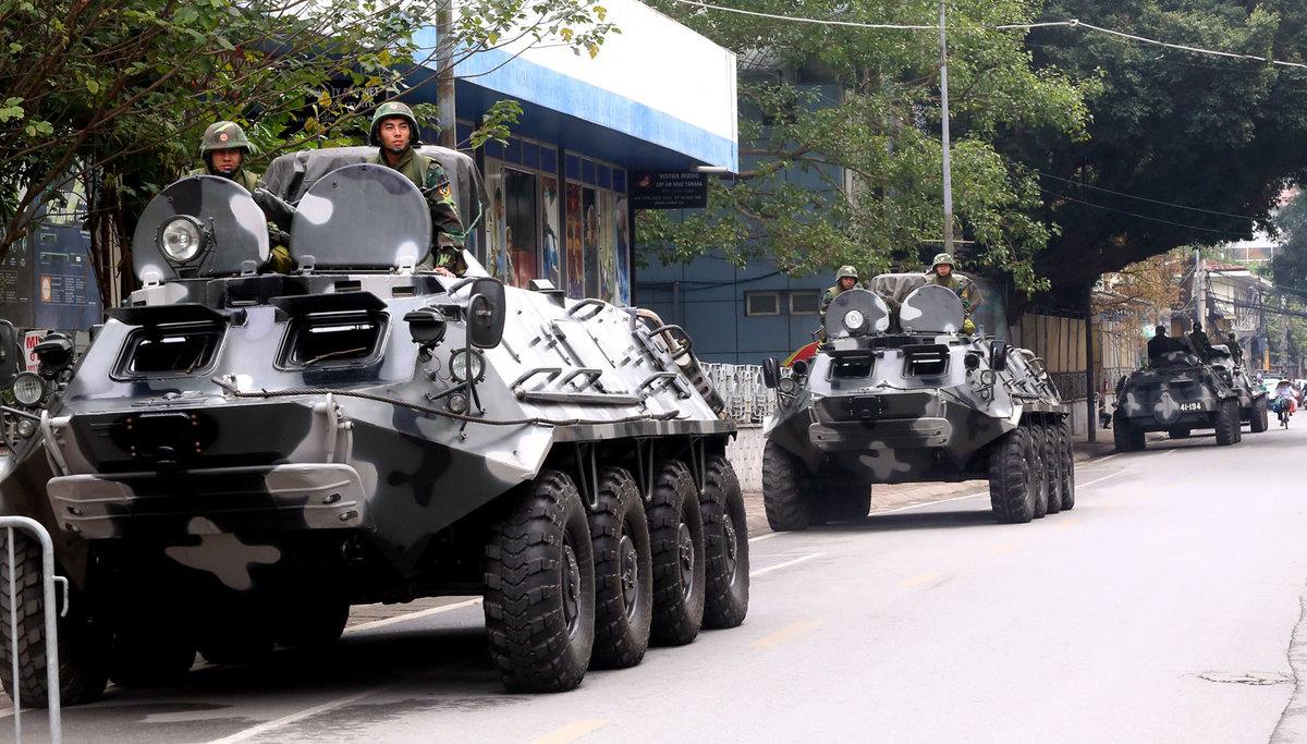 Dàn xe đặc chủng bọc thép bảo vệ Hội nghị thượng đỉnh Mỹ -Triều