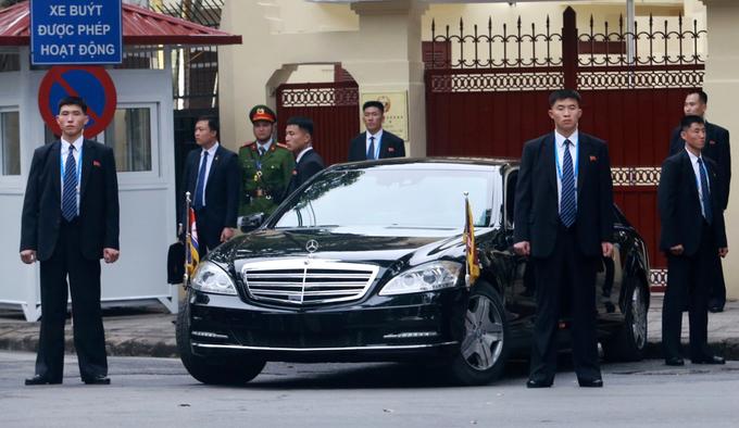 Đội cận vệ của ông Kim Jong-un tại hội nghị thượng đỉnh