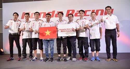 Các thành viên đội Honda Racing Vietnam.