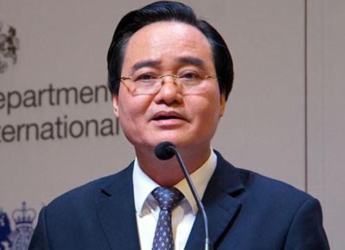 Bộ trưởng Phùng Xuân Nhạ phát biểu khai mạc triển lãm BESS. Ảnh: Mạnh Tùng.