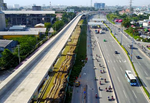 Tuyến Metro Số 1 của TP HCM đã hoàn thành hơn 60%. Ảnh: Quỳnh Trần.