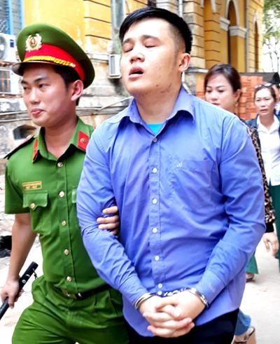 Giết người vì bạn gái bị vuốt má, thanh niên lĩnh 18 năm tù - Ảnh 1