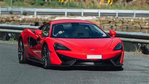 Trong số 6 mẫu xe đắt tiền có siêu xe McLaren 540C giá 167.000 USD.
