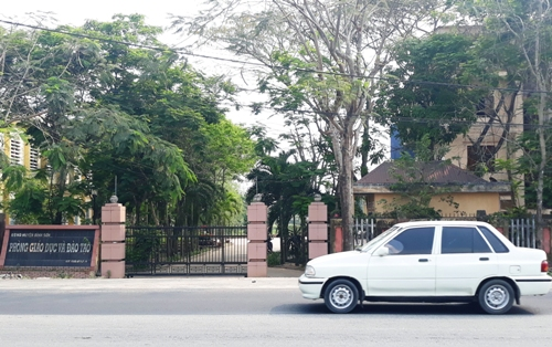 Phòng Giáo dục huyện Bình Sơn, nơi xảy ra sai phạm. Ảnh: Phạm Linh.