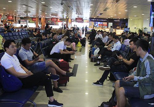 Sân bay Tân Sơn Nhất có lượng hành khách tăng 1,5 so với công suất thiết kế. Ảnh: Đoàn Loan