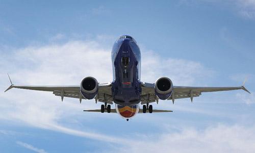 Một chiếc Boeing 737 MAX 8 của hãng Southwest Airlines trên đường tới sân bay Fort Lauderdale-Hollywood, bang Florida, Mỹ hôm 11/3. Ảnh: AFP.