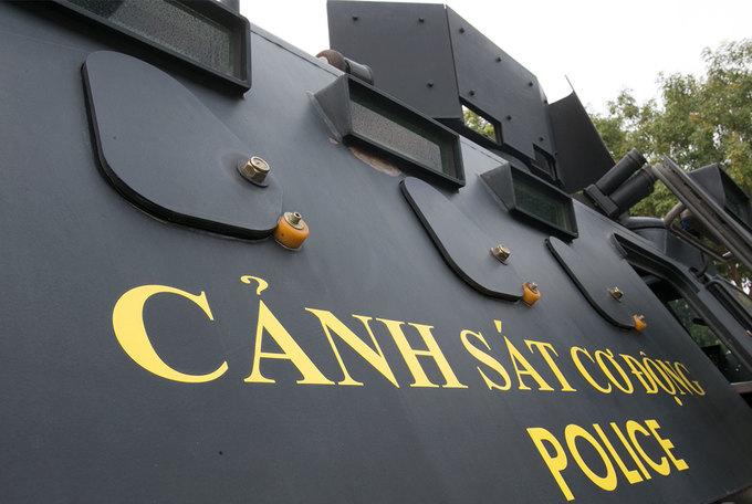 'Pháo đài' bọc thép chống khủng bố của cảnh sát đặc nhiệm
