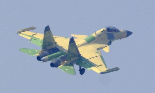 Tiêm kích J-15 - Cá mập bay gây thất vọng của hải quân Trung Quốc - ảnh 2