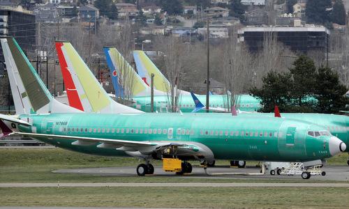 Máy bay 737 MAX thử nghiệm bên ngoài nhà máy của Boeing hồi tháng 2. Ảnh: Reuters.