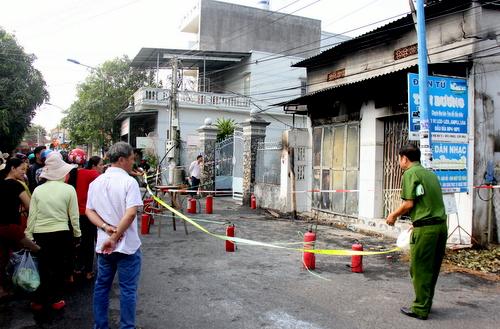 Tiệm sửa điện tử nơi xảy ra vụ cháy. Ảnh: Nguyễn Khoa.