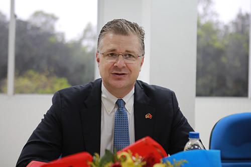 Đại sứ Mỹ Daniel J. Kritenbrink tại sự kiện.