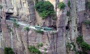 Đường hầm 1.250 m xuyên vách núi đục bằng tay suốt 5 năm