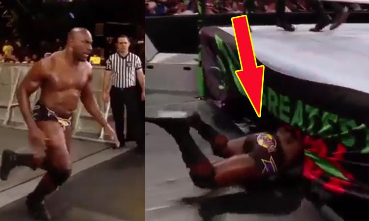 Đô vật Mỹ WWE ngã sấp mặt khi lao lên võ đài -